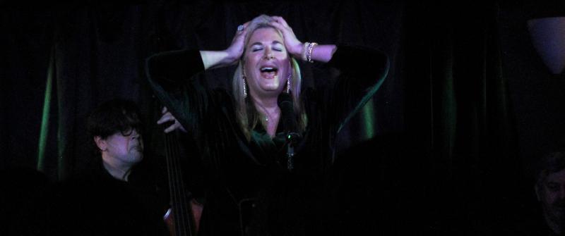 BWW Review: Lauren Frazza Leaves Crowd FEELIN' GOOD at Pangea