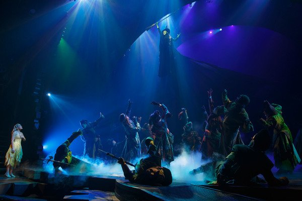 Lindsay Pearce and the Company of Wicked Photo