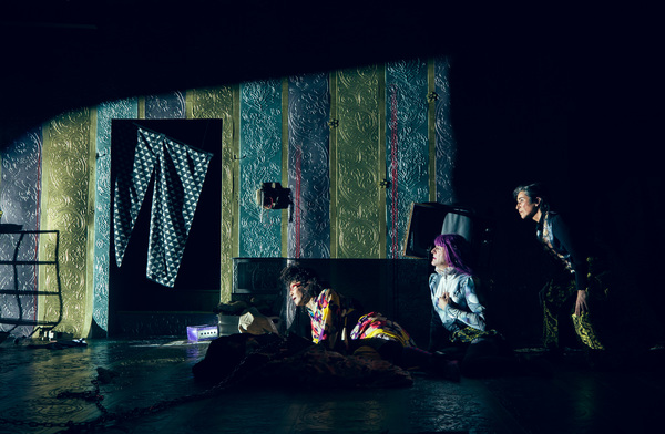 Photo Flash: First Look at La MaMa and Tokyo Metropolitan Theatre's U.S. Premiere of ONE GREEN BOTTLE