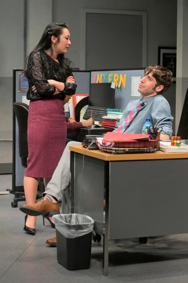 BWW Review: GLORIA at A.C.T.'s Strand Theater - A Sharp, Shrewd Work That Is Bound To Be A Classic.