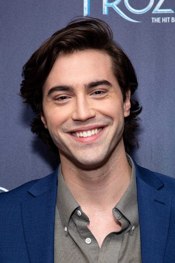 Ryan McCartan Photo