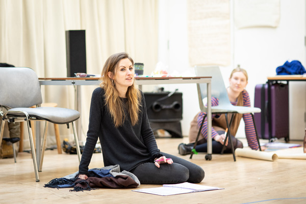 Photos: Inside Rehearsal For THE DUMB WAITER at Hampstead Theatre