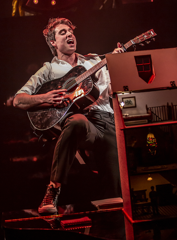 Photos: First Look at THE LAST FIVE YEARS at Southwark Playhouse