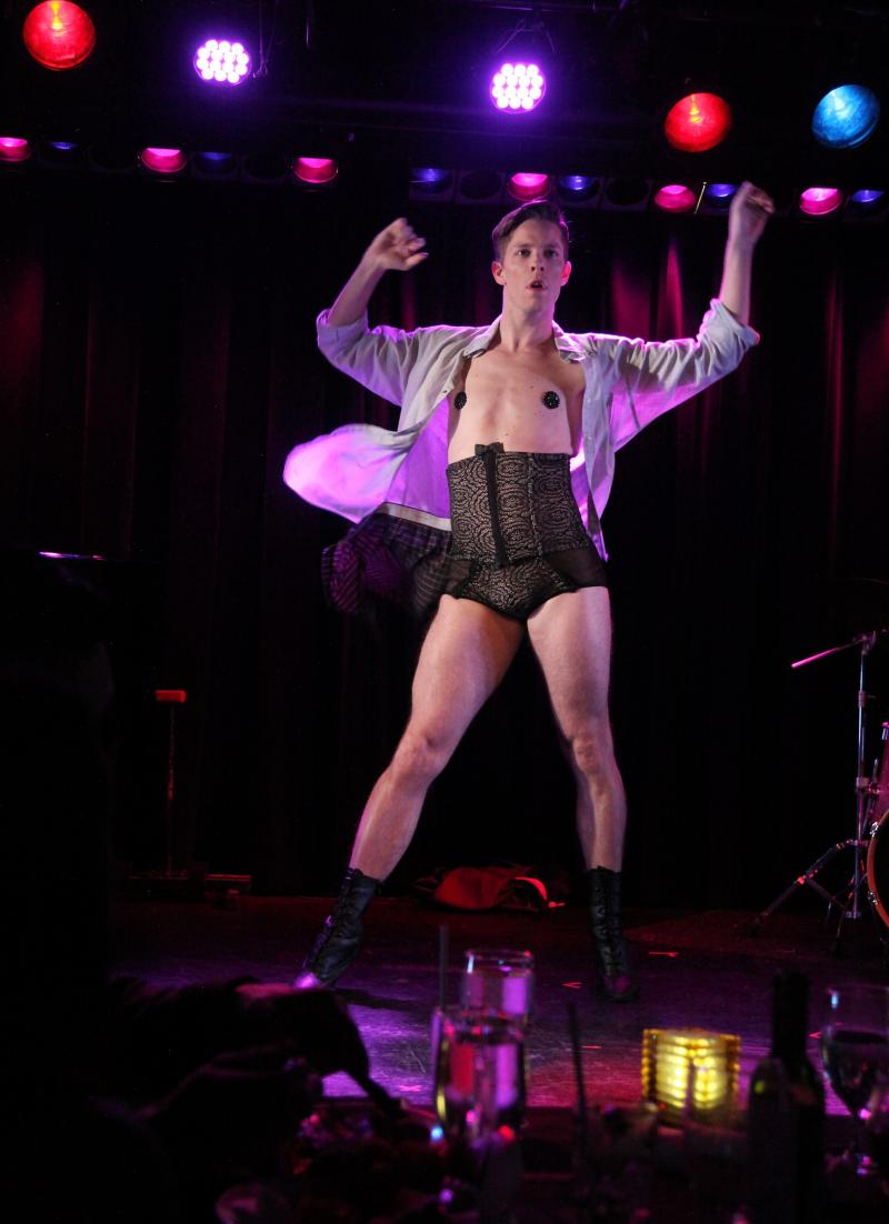 BWW Review: A Sexy, Naughtie Evening From LE SCANDAL CABARET Heats Up The Laurie Beechman Theatre Every Saturday Night