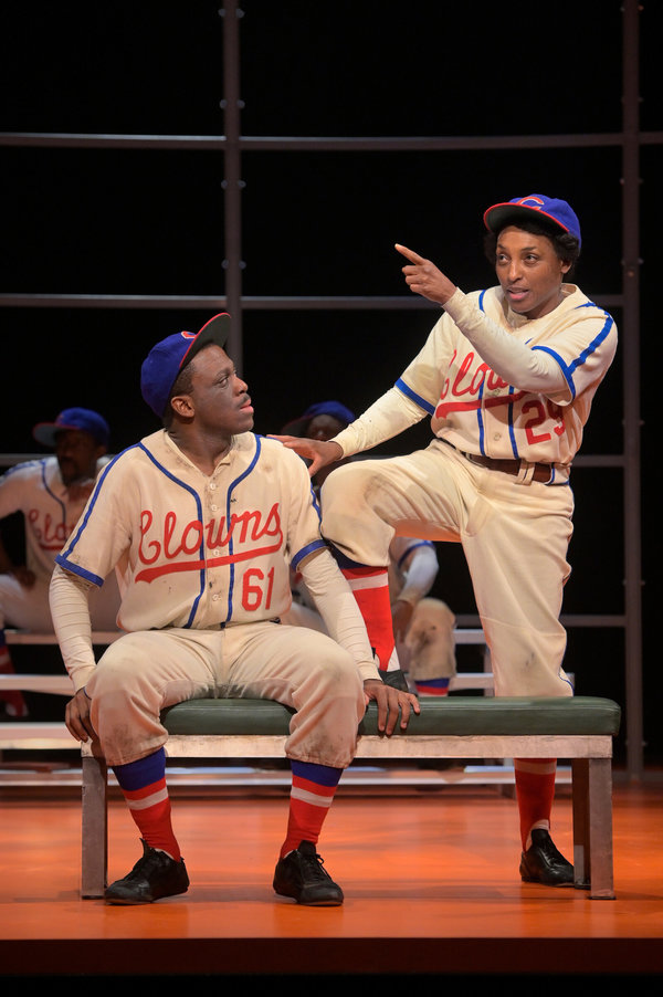Photo Flash: First Look at TONI STONE at American Conservatory Theater