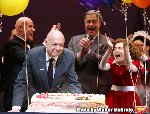 Anthony Warlow, Charles Strouse, Merwin Foard, Lilla Crawford & the cast from Broadwa Photo