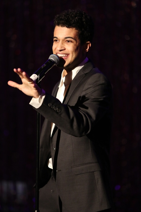 Jordan Fisher Photo