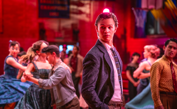 Photo Flash: Get a First Look at Rachel Zegler,Ansel Elgort, & More in the Upcoming WEST SIDE STORY Film!