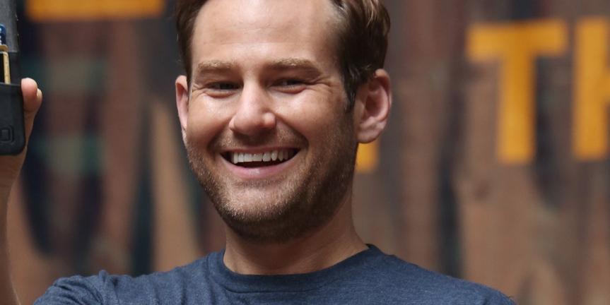 VIDEO: Chad Kimball Visits Backstage LIVE with Richard Ridge
