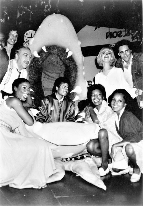 Michael Jackson with Ellen Greene and the cast of LITTLE SHOP OF HORRORS at the Westw Photo