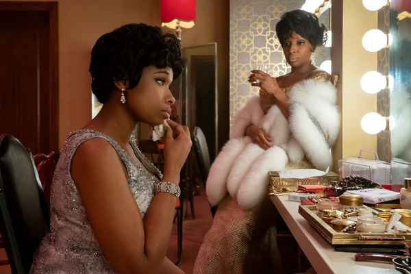 Jennifer Hudson and Mary J. Blige  Photo