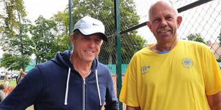 HUGH GRANT LOST HIS SECOND MATCH IN SWEDISH OPEN at Båstad Photo
