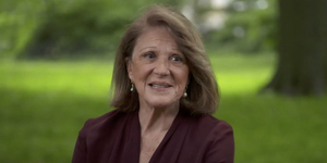Linda Lavin Chats With CBS SUNDAY MORNING Video