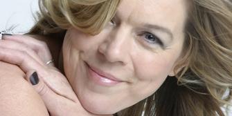 BWW Interview: Janie Dee Talks A LITTLE NIGHT MUSIC at Opera Holland Park Photo