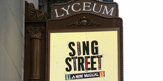 Theater Stories: Landmark Status, LIZA WITH A Z, Secret Trapdoors and More About the Lyceu Photo