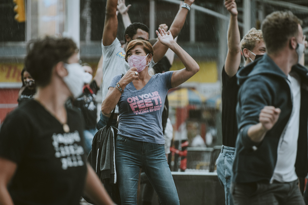 Photo Flash: Rob McClure, Dee Roscioli, Charl Brown and More Reunite in Times Square to Pay Tribute to Theatre