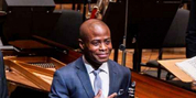 New York Philharmonic Principal Clarinet Anthony McGill Awarded 2020 Avery Fisher Prize Photo
