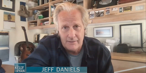 Jeff Daniels Talks About His Grandkids on LIVE Video