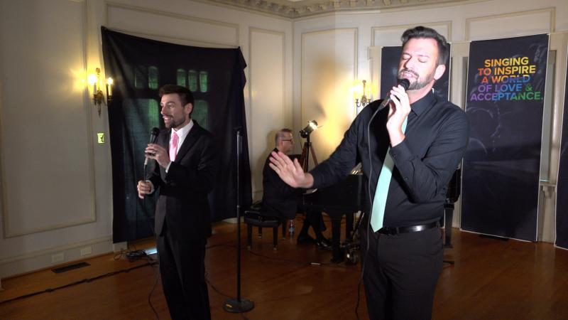 BWW Review: SMILE A FEEL GOOD CABARET - A Virtual Performance By The Heartland Men's Chorus