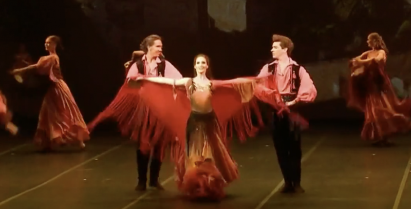 VIDEO: Russian Ballet Resumes With Safety Measures in Place
