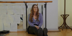 Lucie Jones Performs ?Way Back To Then? Video