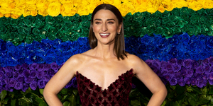 Sara Bareilles Performs 'More Love' on THE LATE SHOW Video