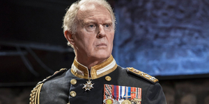 Broadway Rewind: The Royal Family Comes to Broadway in KING CHARLES III Video