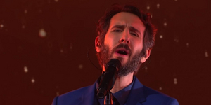 Josh Groban Performs 'The World We Knew' on TONIGHT SHOW Video