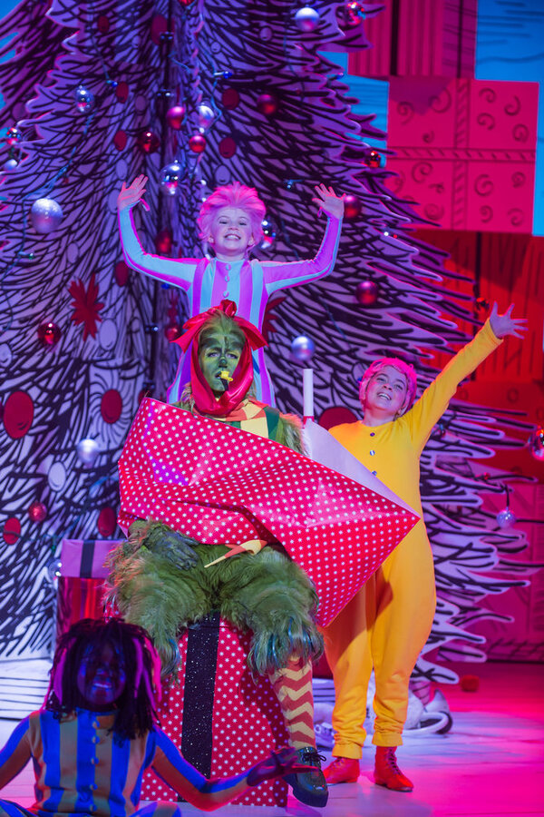Tafari Edwards as Danny Who, Matthew Morrison as Grinch, Alfie Murray as Boo Who, Lou Photo