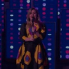 VIDEO: Kelly Clarkson Covers 'A Fool in Love'