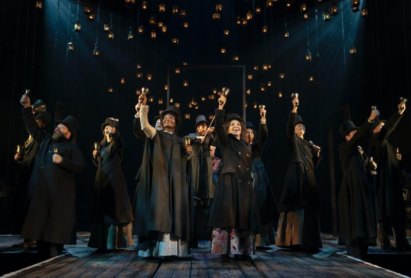 12 Tips for Having A Broadway Holiday!