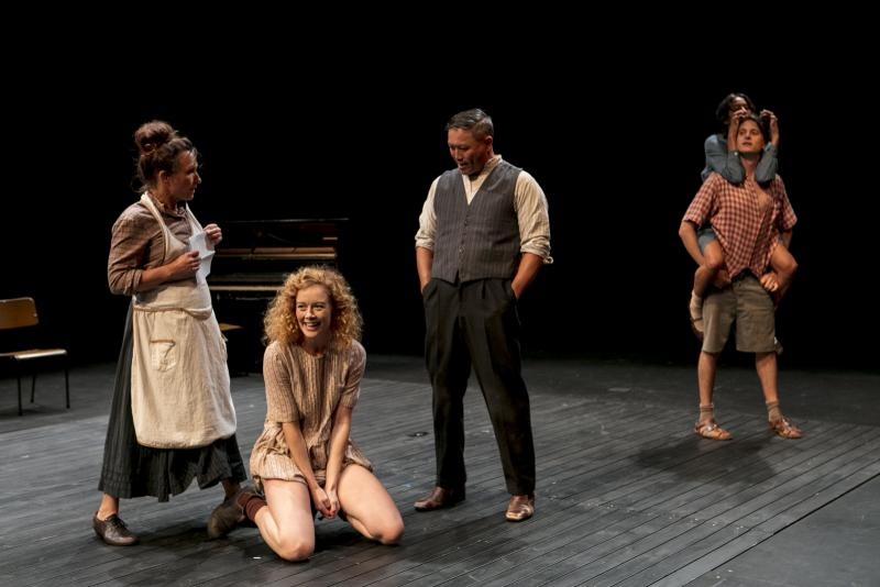 BWW REVIEW: The Feisty Fiery Tale From Australia's Early Feminist Writer Miles Franklin Comes To Live With Fabulous Passion With A New Adaptation Of MY BRILLIANT CAREER