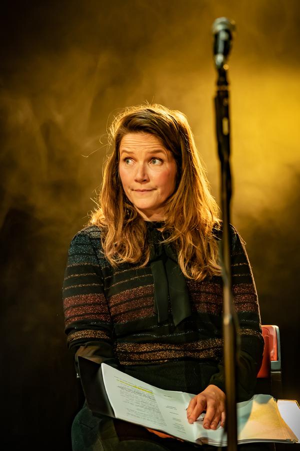 Jessica Hynes Photo