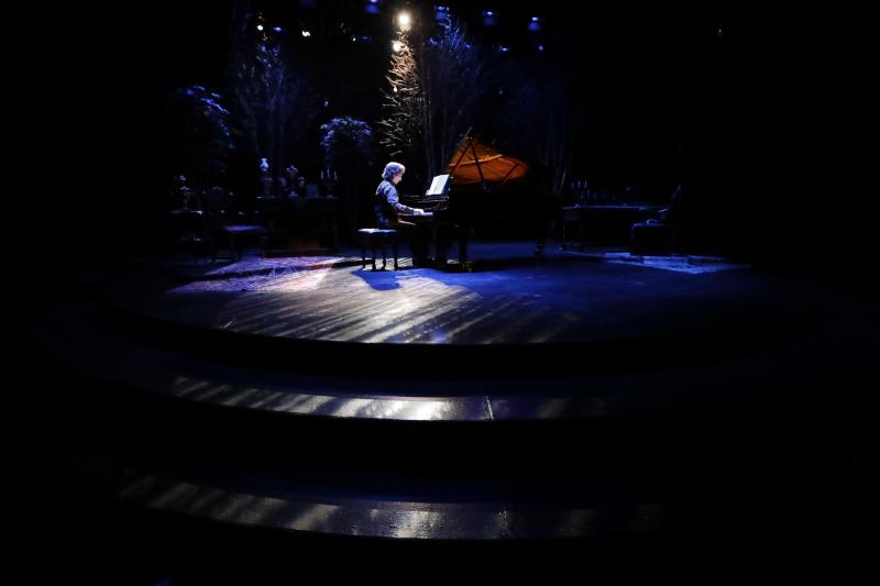 BWW Interview: Hershey Felder of HERSHEY FELDER TCHAIKOVSKY at TheatreWorks Silicon Valley Embodies the Iconic Composer of 'The Nutcracker'
