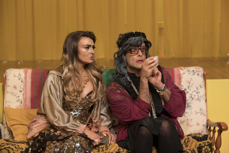 BWW REVIEW:  Baked Goods, A Love Of Britney And Need To Boost An Ego Collide Come Together In QUEEN FATIMA, A Modern Australian Tale Of Acceptance And Understanding.
