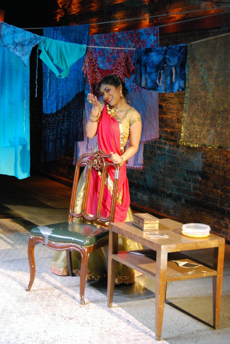 BWW Interview: Dipti Mehta of HONOUR: CONFESSIONS OF A MUMBAI COURTESAN on MarshStream's 'Solo Arts Heal' Series Has Amazing Stories to Tell
