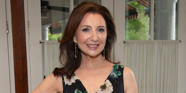 VIDEO: On This Day, March 7- Happy Birthday, Donna Murphy! Photo