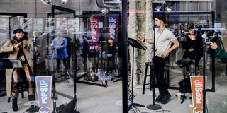 Photos and Video: Gavin Creel & Shoshana Bean Bring Music Back to Manhattan with NY PopsUp Photo