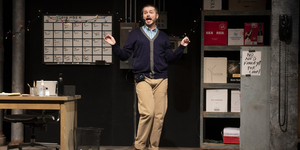 BWW Review: FULLY COMMITTED at Omaha Community Playhouse Photo