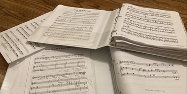 Student Blog: Finding the Perfect Song Photo