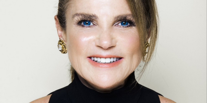 VIDEO: Tovah Feldshuh Visits Backstage LIVE with Richard Ridge- Wednesday at 12pm! Video