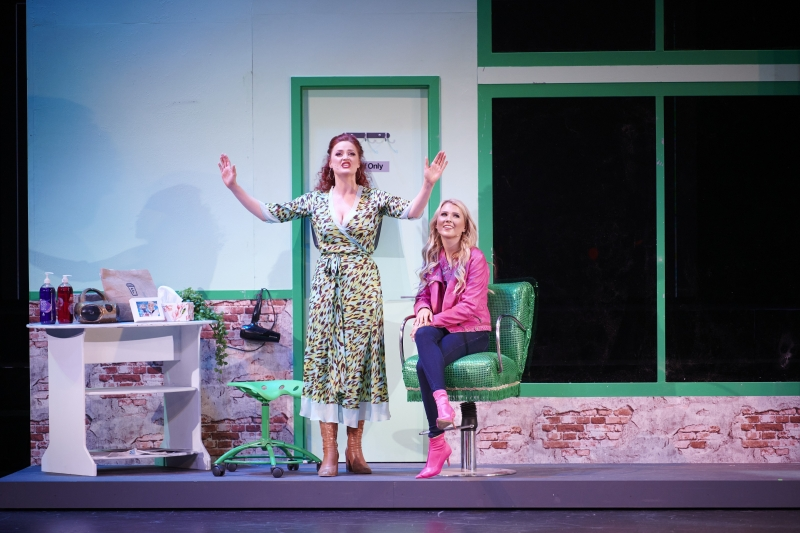 BWW Review: LEGALLY BLONDE at Crown Theatre