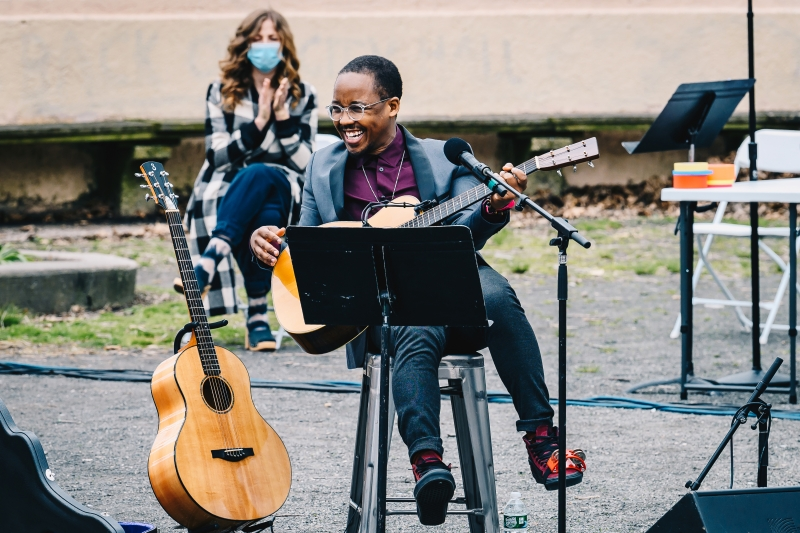 Photos: Davóne Tines, Chris Thile, Carl Hancock Rux, The Lazours and More Perform for NY PopsUp