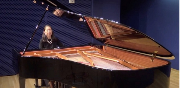 Photos: First Look at Deborah Paredez & Donna Weng Friedman at Midday Poetry Recitation and Musical Concert