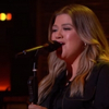 VIDEO: Kelly Clarkson Covers 'Burning Love'