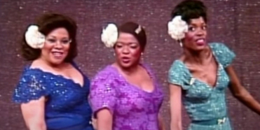 VIDEO: On This Day, May 9- AIN'T MISBEHAVIN' Opens On Broadway Photo