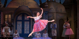 """BWW Review: PACIFIC NORTHWEST BALLET'S """"COPPELIA"""" ON THE DIGITAL STAGE Filmed at McCaw Hal Photo"""