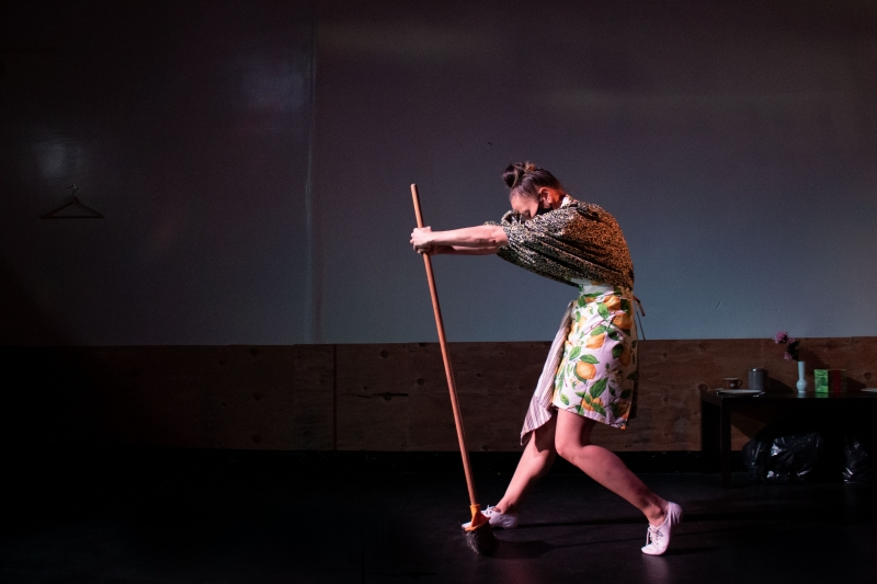 BWW Review: FRAGMENTS, A LIVE AUDIO STORY is a Quiet, Yet Richly Introspective Experience
