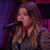 VIDEO: Kelly Clarkson Covers 'Don't Take It Personal'