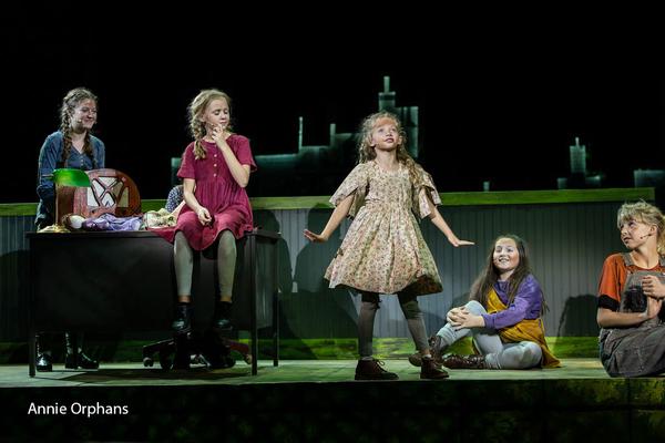 Photos: First Look at ANNIE at Tuacahn Arts Center